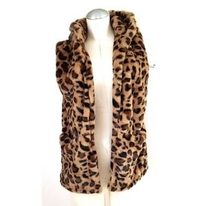 Love Tree Sz S Animal Print Faux Fur Vest w/ Hood